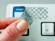 3: Fälschungssichere, metallisierte Polyester-Etiketten, welche nach beim Ablösen ein Schachbrettmuster hinerlassen (B-438)