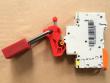 8: Leitungsschutzschalterverriegelungssystem