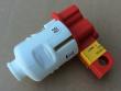 2: Universal-Absperrvorrichtung für Stecker (Anwendung)