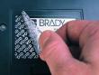 1: Fälschungssichere, metallisierte Etiketten, welche beim Ablösen ein VOID-Muster hinterlassen (B-7576)