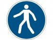24: Gebotsschild - Fußgängerweg benutzen (gemäß DIN EN ISO 7010, ASR A1.3)